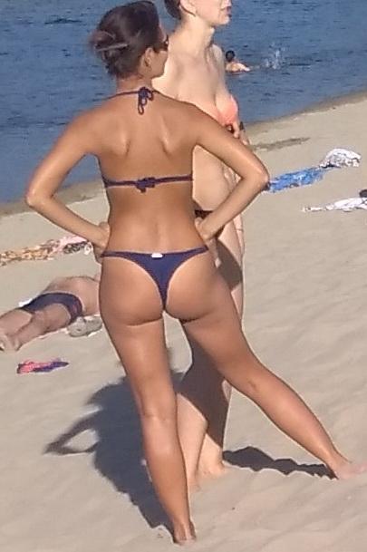Название: Женская попка 2020 на пляже.jpg Просмотров: 114  Размер: 73.9 Кб